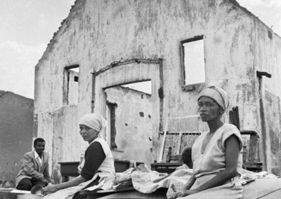Waiting for removal trucks, Sophiatown, 1959